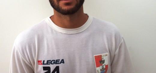 Il centrocampista Luigi Lucchese