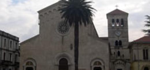 Palma Piazza Santa Restituta immagine 5