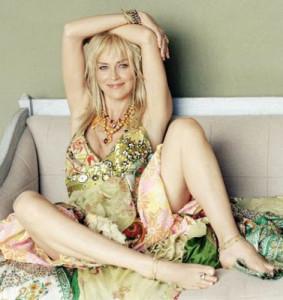Sharon Stone provocante immagine 5