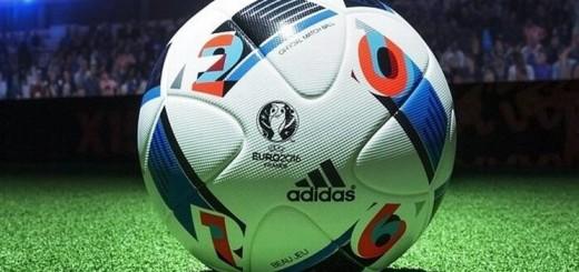 Pallone di calcio immagine 1