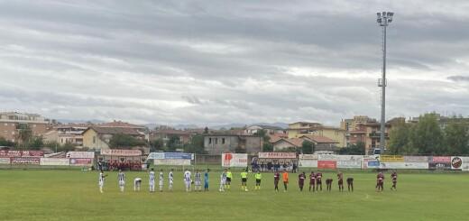 PONTINIA vs SORA CALCIO 1907 - SQUADRE AL CENTRO DEL CAMPO