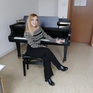 Rosy Cristiano al pianoforte immagine 5